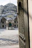 Estambul entrada azul mezquita — Foto de Stock