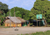 Thatch roof restaurant bar basketball court Corn Island Nicaragua — Stock Photo