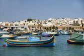 Luzzu boat marsaxlokk harbor malta — Stock Photo
