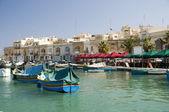 Marsaxlokk malta vissersdorp — Stockfoto