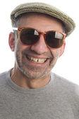 サングラスと幸せな中年シニア男性 — ストック写真