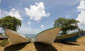 Barche da pesca sulla spiaggia di nicaragua — Foto Stock