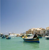 Luzzu boat marsaxlokk harbor malta — Stock Photo