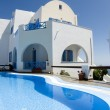 Swimming pool greek cyclades architecture — ストック写真