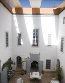 Courtyard in riad hotel marrakech morocco — Stock Photo