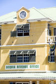 Revenue office bequia st. vincent and the grenadines islands — Stock Photo