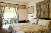 Wnętrza pokoju Hotel z ogrodem Zobacz tobago — Zdjęcie stockowe
