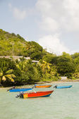 Fishing boats friendship bay la pompe bequia st. vincent — Stock Photo