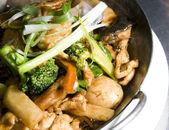 Shrimp chicken pan asian thai food — Stock Photo
