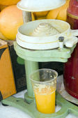 Juice machine oranges fruit Jerusalem Israel — Stock Photo