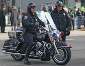 INDIANAPOLIS,INDIANA-MARCH 16:Indianapolis Metropolitan Police with Motorcycles are getting ready for the Annual St Patrick's Day Parade.March 16,2007 in Indianapolis,Indiana,USA. — Stock Photo