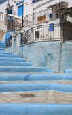 Blue and White steps to a Traditional white and blue Greek House — Stock Photo