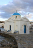 Famous Small Church with Blue Dome in Mykonos — Stock Photo