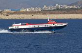 Vuelo jet de delfines en el mar egeo en grecia — Foto de Stock
