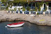 Ilha de egina, no mar mediterrâneo, na grécia — Foto Stock