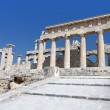 Temple of Aphaea Athina at Aegina island in Greece. — Stock Photo