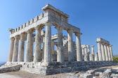 Temple of Aphaea Athina at Aegina island in Greece. — Stock Photo