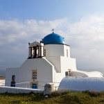 Traditional church at Santorini island in Greece — Stock Photo
