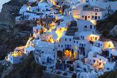 Oia village at Santorini island of Greece during nightfall — Stock Photo
