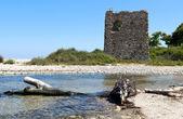 拜占庭时期塔在 samothraki 的希腊小岛 — 图库照片