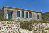 Traditionele school at lefkada eiland van griekenland — Stockfoto