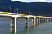 Pont à la grèce sur la rivière aliakmon — Photo