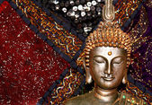 Bronze Buddha statue close up image — 图库照片