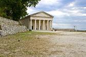 Antik hem Yunan Tapınağı'nda Yunanistan'ın Korfu Adası — Stok fotoğraf