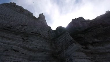 Steep cliffs with sea mist — Stock Video