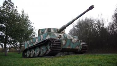 Long shot of a German tiger 1 tank in Normandy France — Stock Video