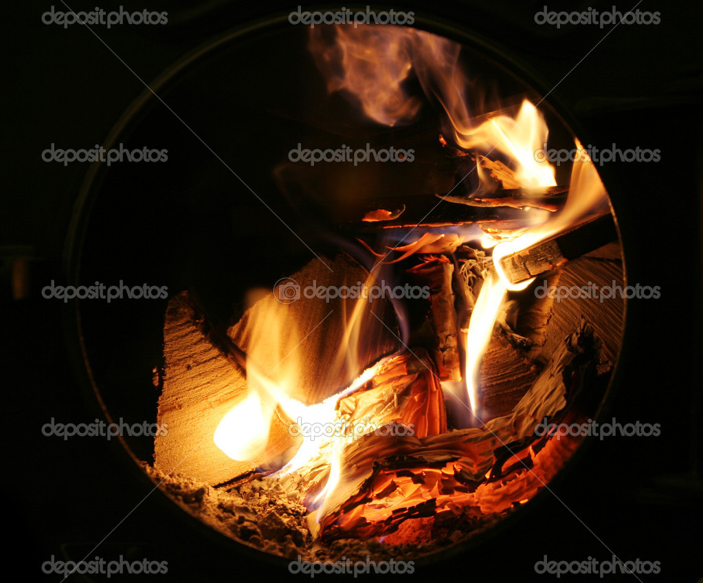 Flames and fire burning wood — Stock Photo #12800171