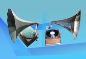 Gramófonos de estilo antiguo — Foto de Stock