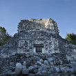 Mayan ruins at xpujil, mexico — Stock Photo