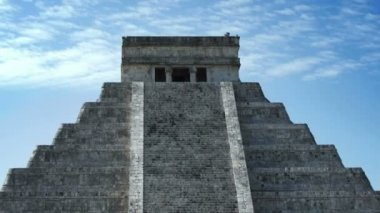Time-lapse of the mayan ruins at chichen itza, mexico. — Stock Video