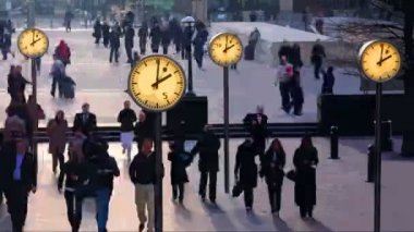 Timelapse of crowds walking in london docklands — Stock Video