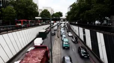 Traffic at rushhour in central london — Stock Video