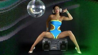 Sensual shot of a beautiful woman dancing — Stock Video
