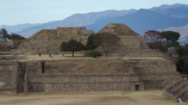 The mayan ruins at mount alban, oaxaca, mexico — Stock Video