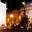 Timelapse shot infront of eros statue — Vídeo de stock
