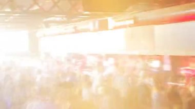 Crowd dancing in barcelona's biggest club, Razzmatazz — Stock Video