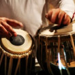 Close-up of man playing the tabla drum — Vídeo Stock