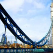 Royalty-Free Stock Imagen vectorial: Timelapse shot of tower bridge in london