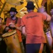 A brazillian drumming group perform during the fiesta de gracia event — Stock Video