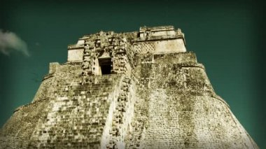 Timelapse of the mayan ruins at uxmal — Stock Video