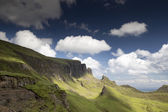 Beautiful quiraing range of mountains in isle of skye, scotland — Stock Photo
