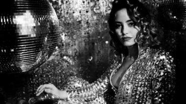 Disco dancing girl — Stock Video