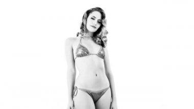 Beautiful woman posing outside bikini lingerie — Stock Video