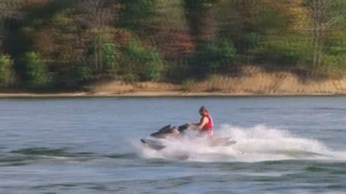 Jet Ski Sprays Water — Stock Video