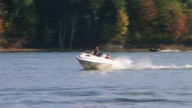 Tubing on Lake — Stock Video