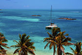 Costline boat catamaran in the blue lagoon relax contoy mex — Stock Photo
